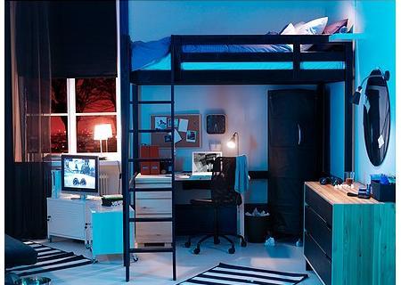 Aprovechando el espacio vertical con camas altas for Habitaciones con camas altas