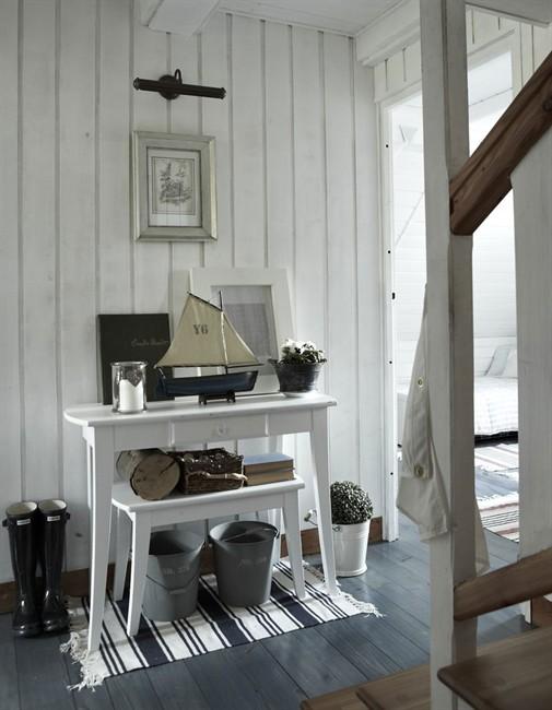 Decorar el recibidor con ikea for Ikea decoracion paredes