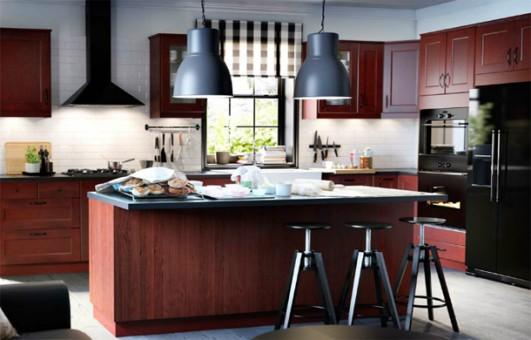 la combinacin de colores con la que juegan son los grises marrones y azules una hermosa isla divide la cocina
