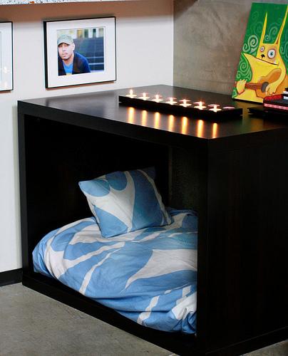 Diy cama para mascotas hecha con mueble de ikea - Mueble cama ikea ...