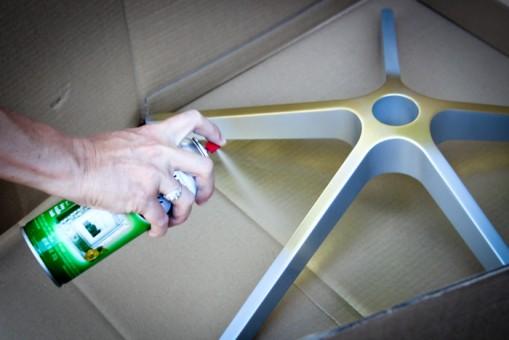 pintar pie de silla de oficina