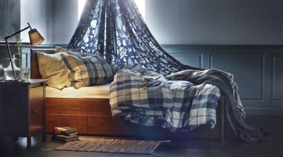 cama con almacenamiento y dosel