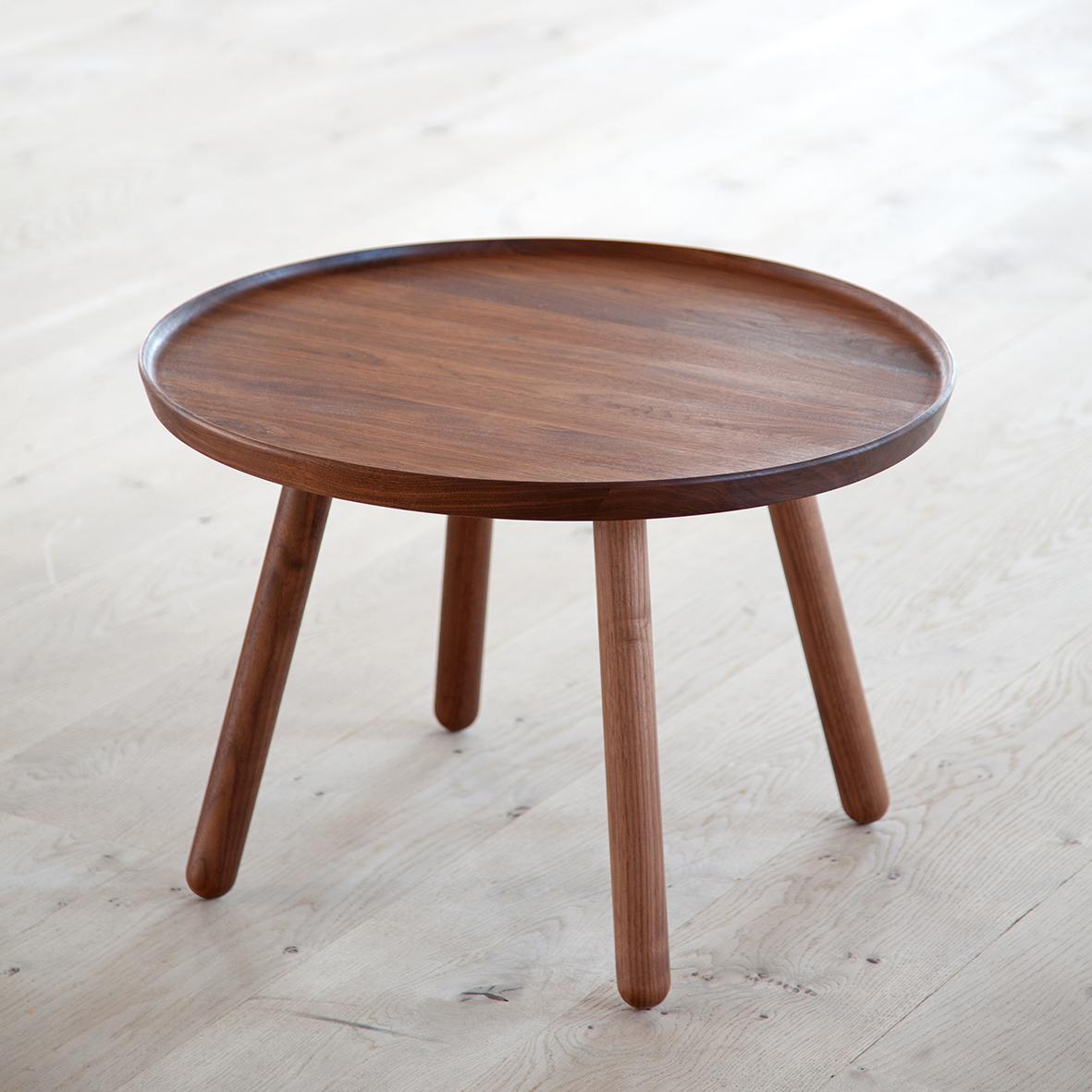 mesa de diseño danes en madera