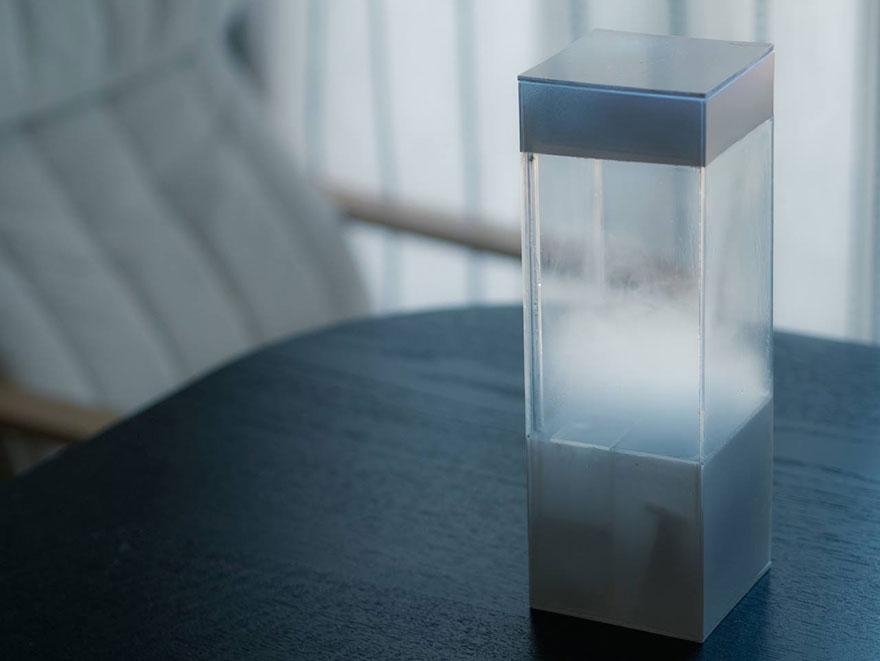 caja que reproduce diferentes climas
