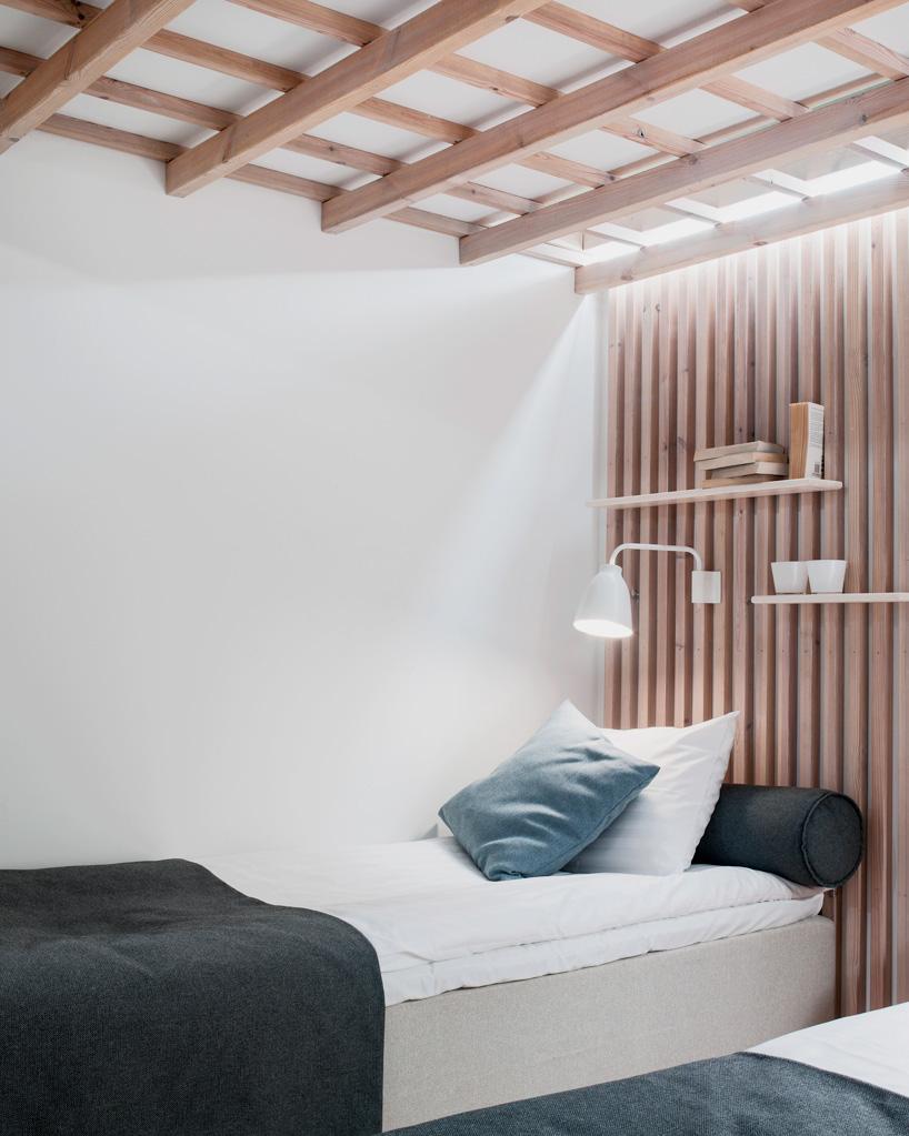 dormitorio hecho en madera