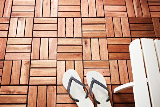 suelo de tarima flotante en madera