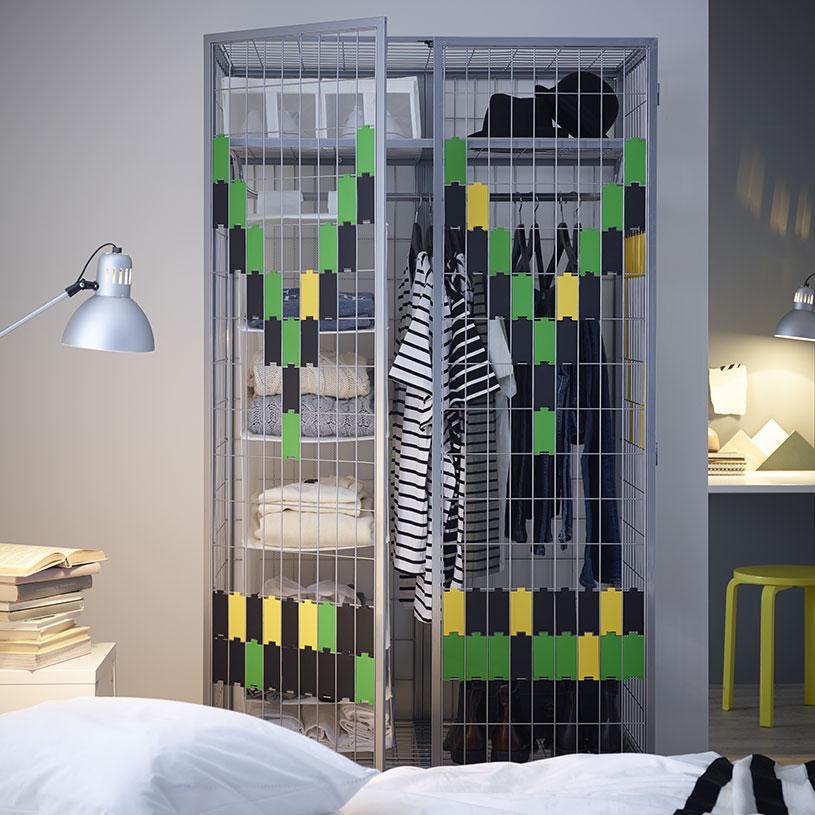 armario simulando jaula