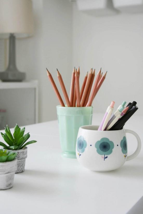 taza y vaso para meter lápices