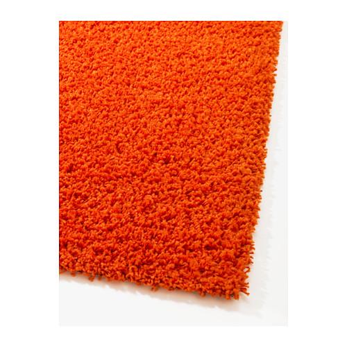 alfombra de color naranja