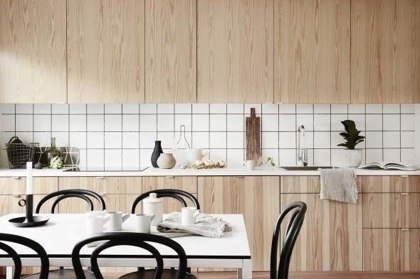 azulejos blancos con juntas negras