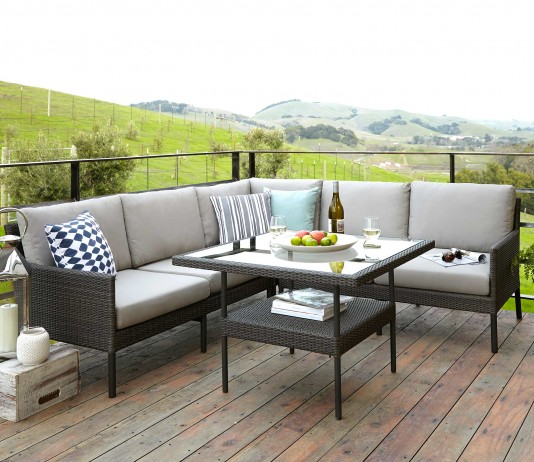 Diferentes muebles para el jardín