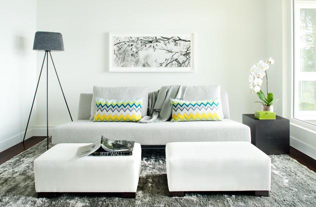 Diferentes salones pequeños y modernos