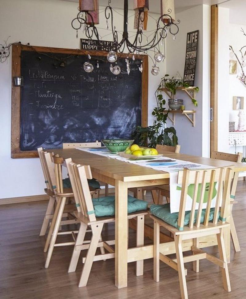 casas decoradas con Ikea - comedor rústico