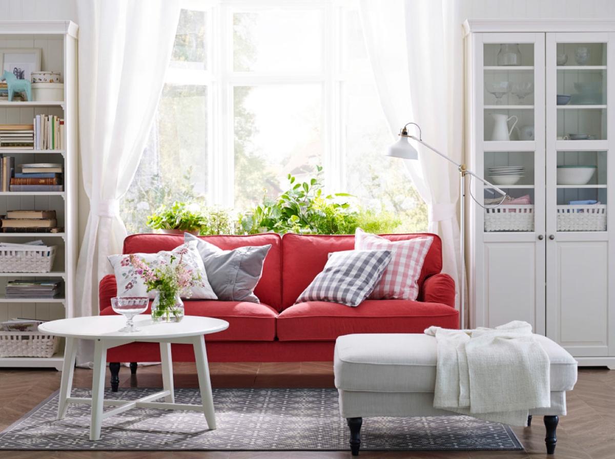 amueblar un piso completo - sofá rojo