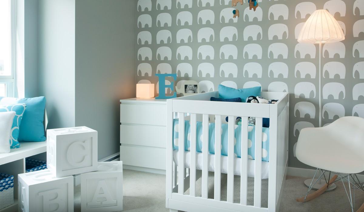 Cómo empapelar una pared - dormitorios infantiles