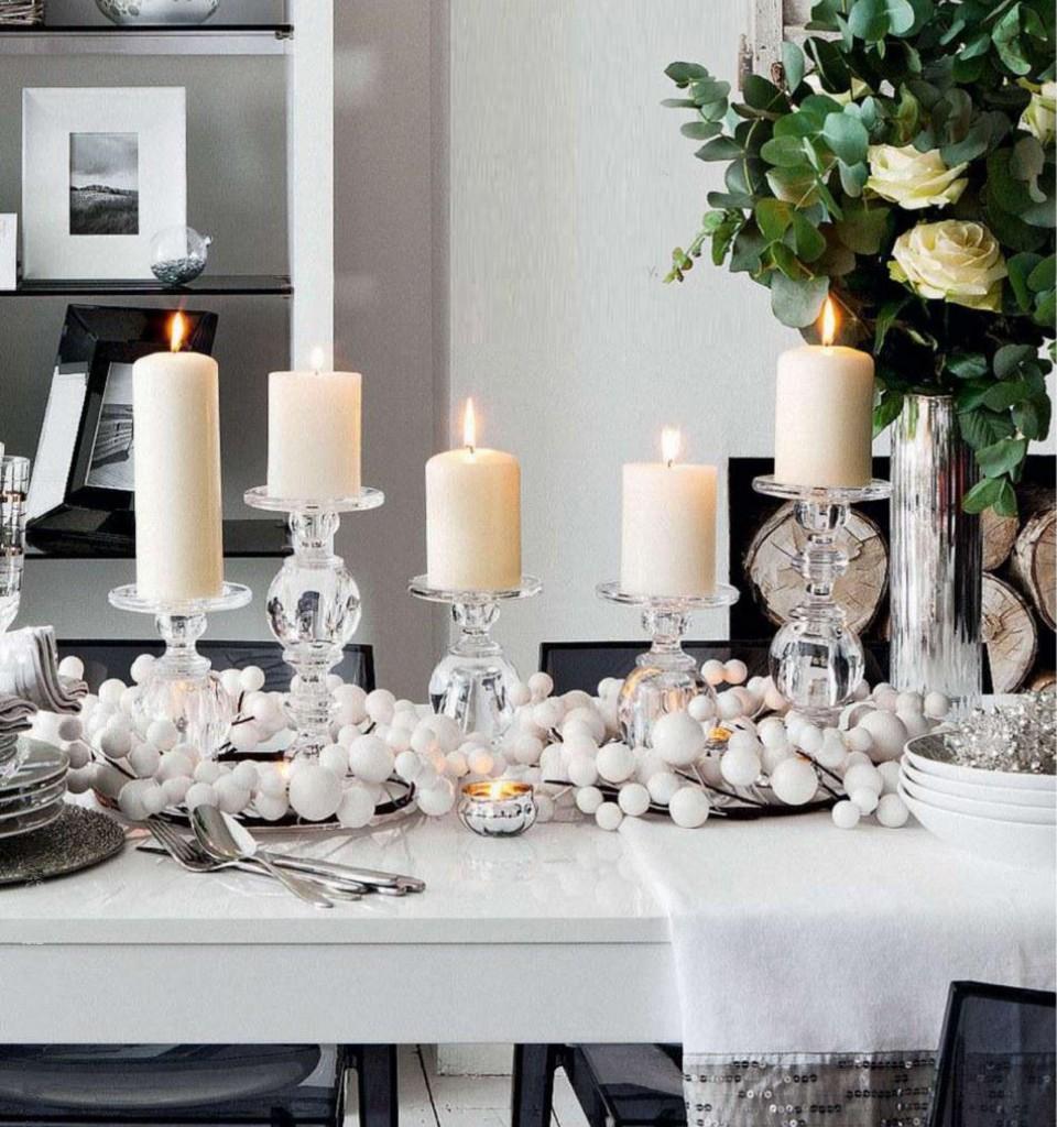 decoración de mesas de Navidad en blanco