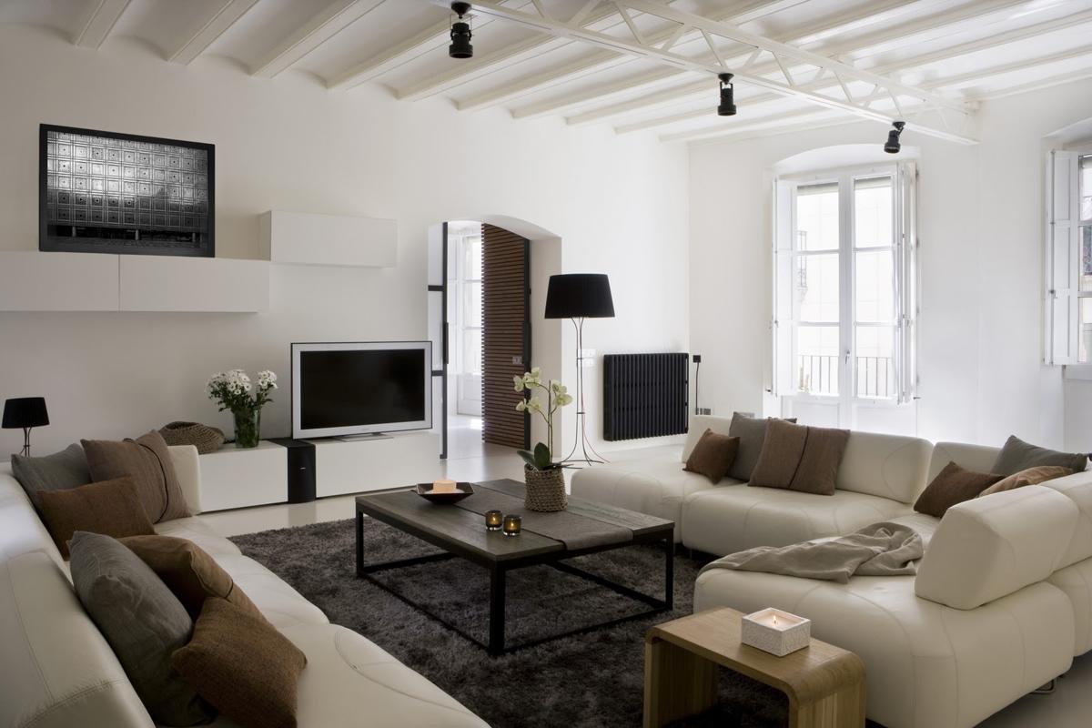 pisos decorados en blanco - Gótico en blanco de Barcelona