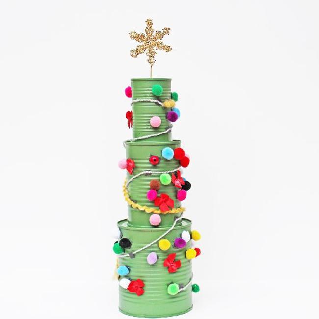 reciclar latas de conserva - árbol de Navidad