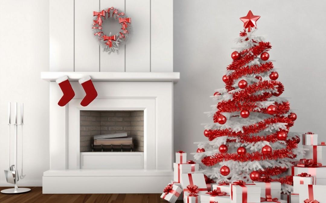 árbol de Navidad blanco y rojo