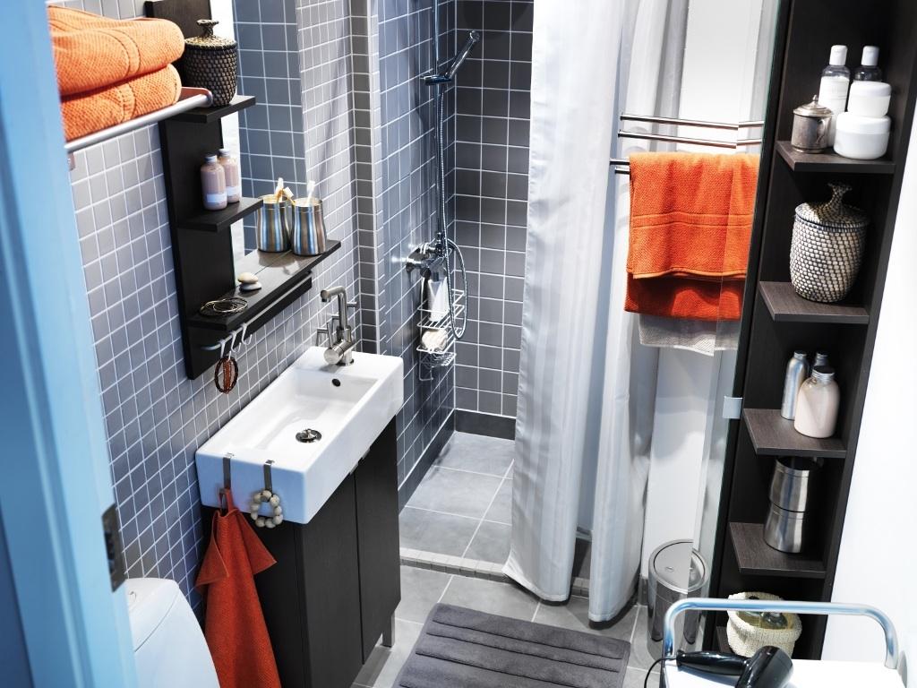 cuartos de baño pequeños organizados
