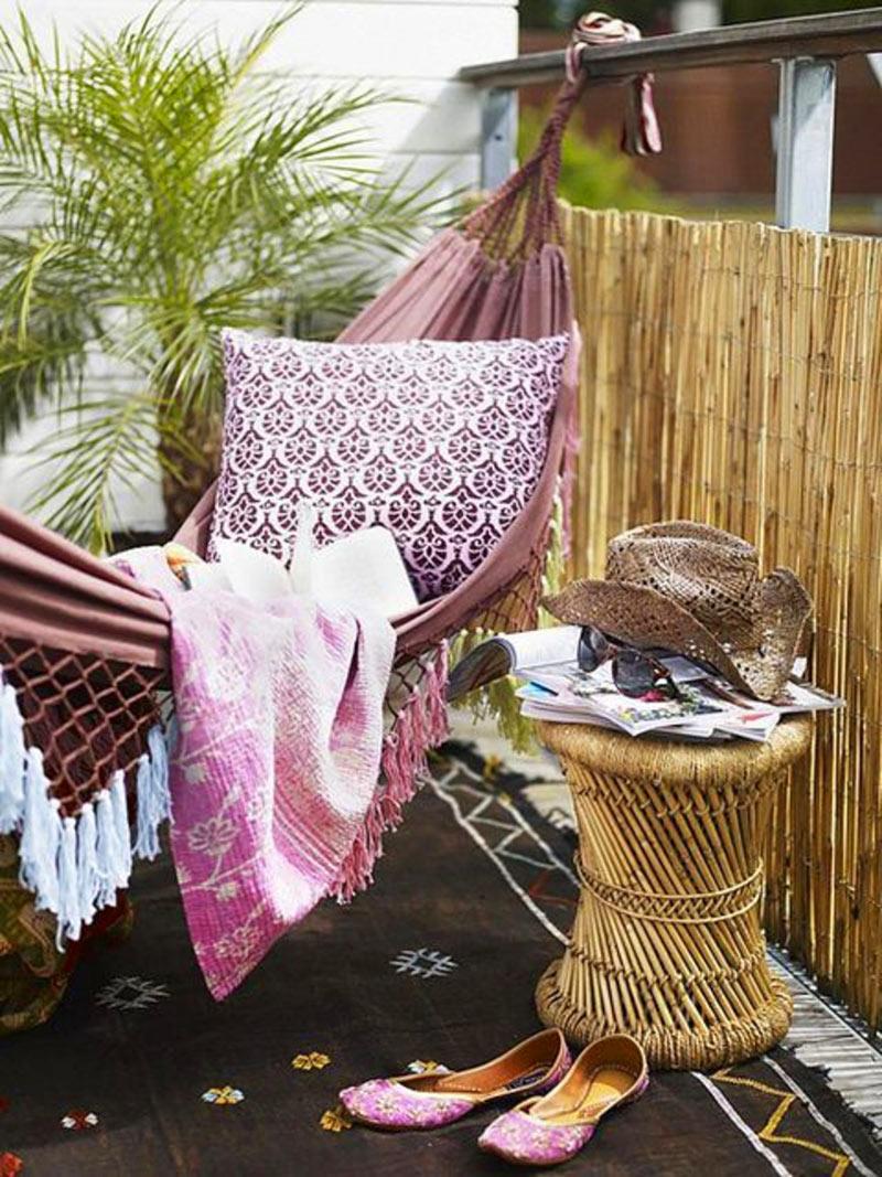 hamaca colgante en el balcón