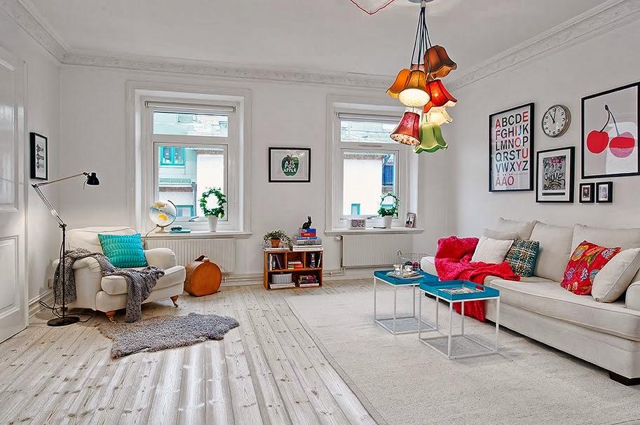 muebles escandinavos con tonos de color