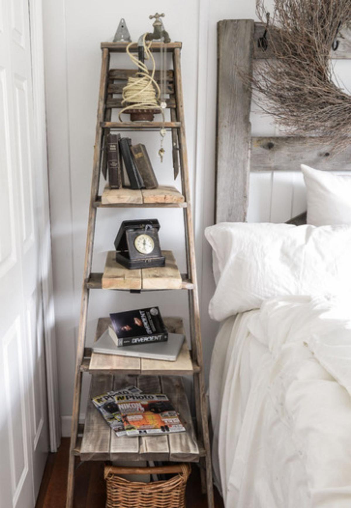Decorar con una escalera - mesa de noche