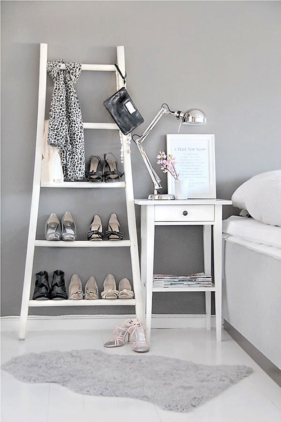 Decorar con una escalera el dormitorio