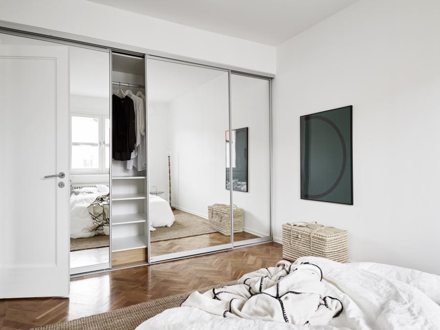 Diseños de puertas de armarios de espejo