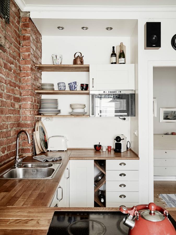 Cocina pequeña - almacenamiento vertical
