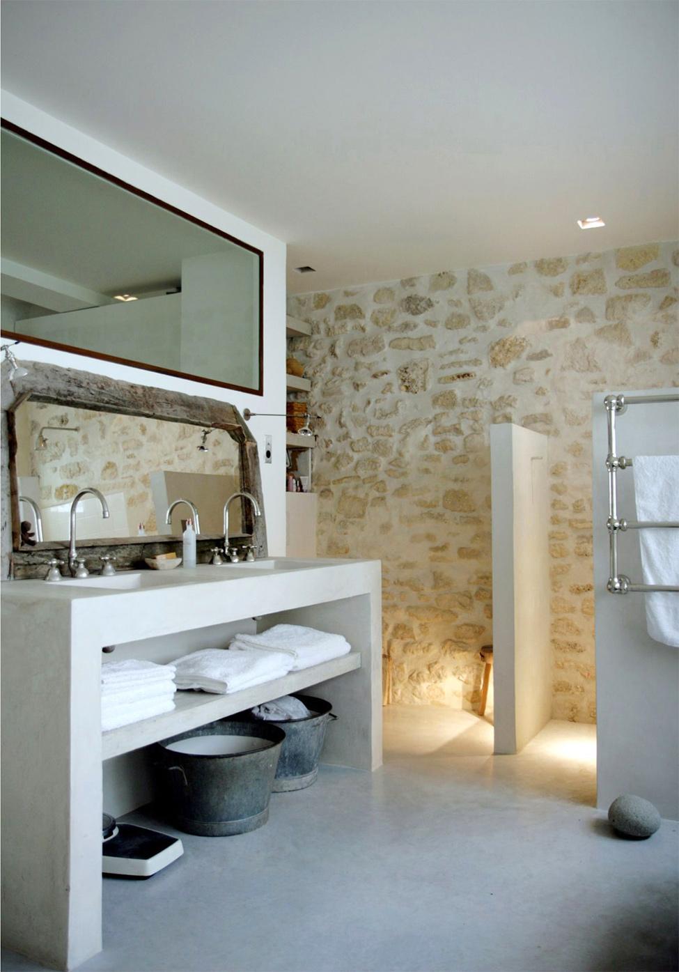 Platos de ducha de obra de microcemento