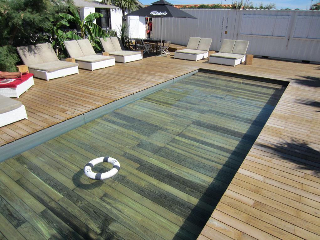 Revestimientos de piscina - madera