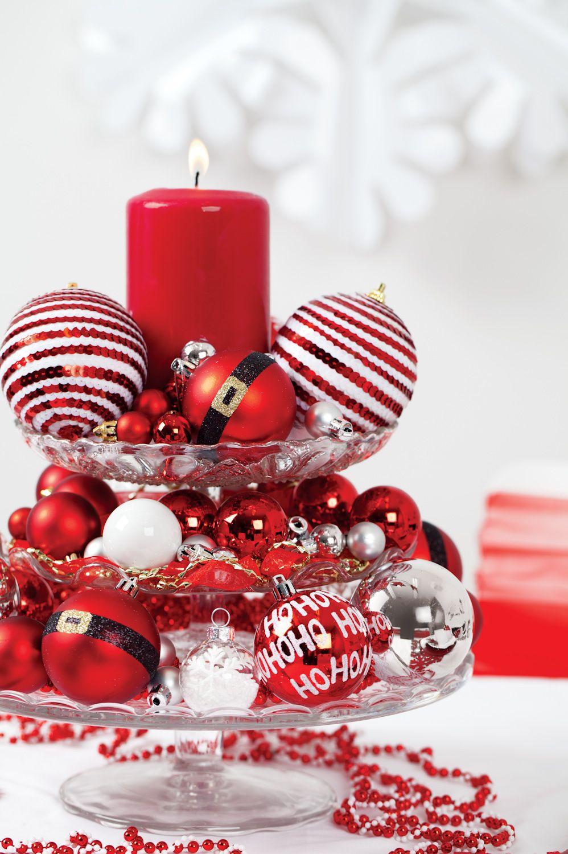 Arreglos navideños en rojo y blanco