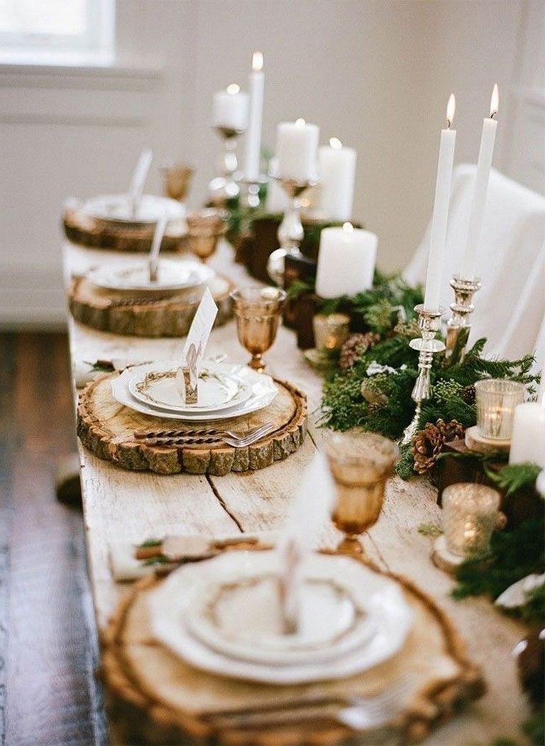 Arreglos navideños en la mesa
