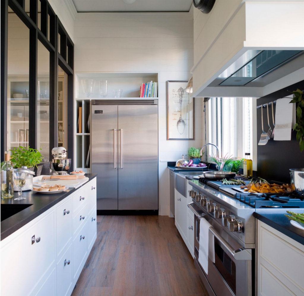 Tiradores de cocina en color plata