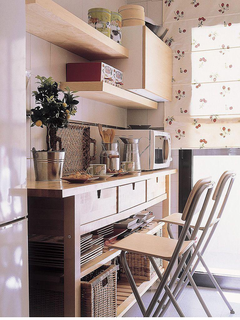 cocinas pequeñas - muebles con almacenamiento