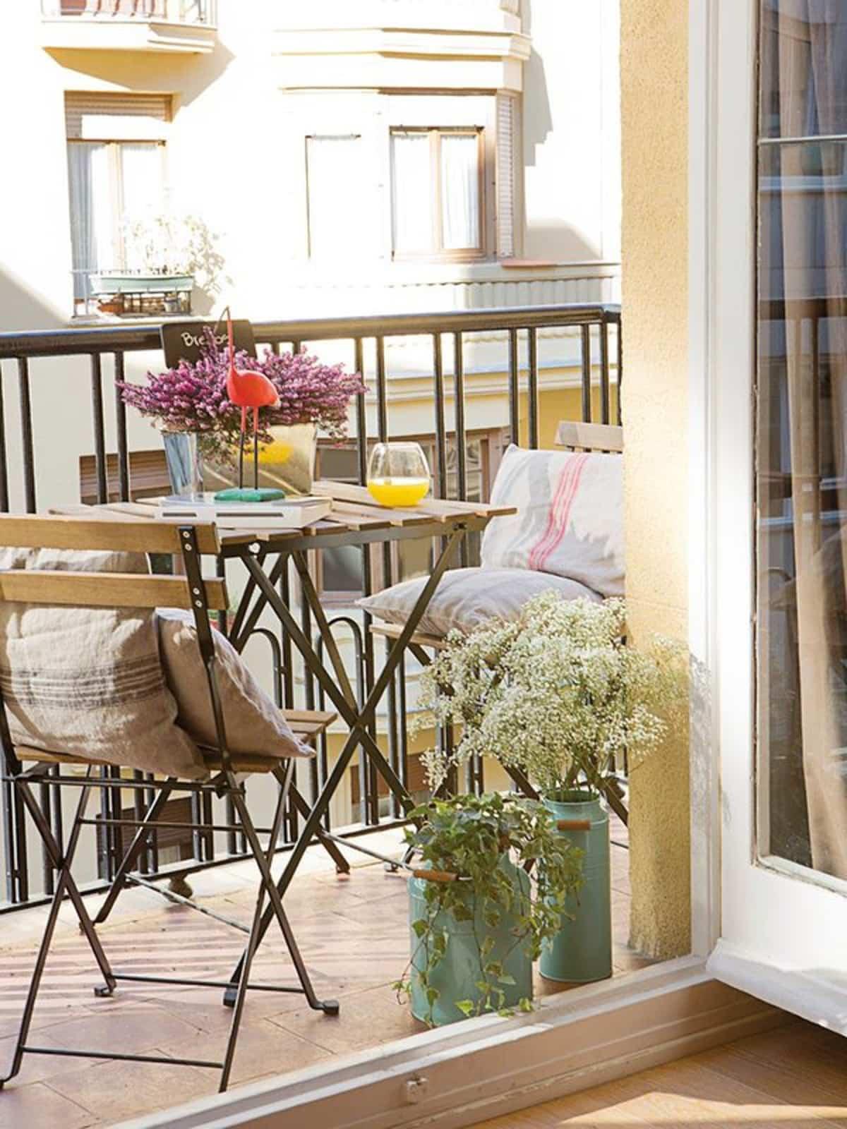 ideas para la decoracion de balcones pequenos 8