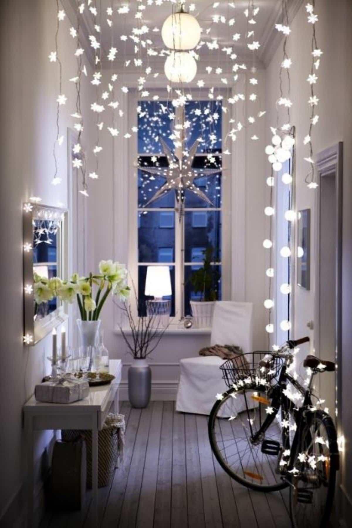 como iluminar la casa en navidad 10