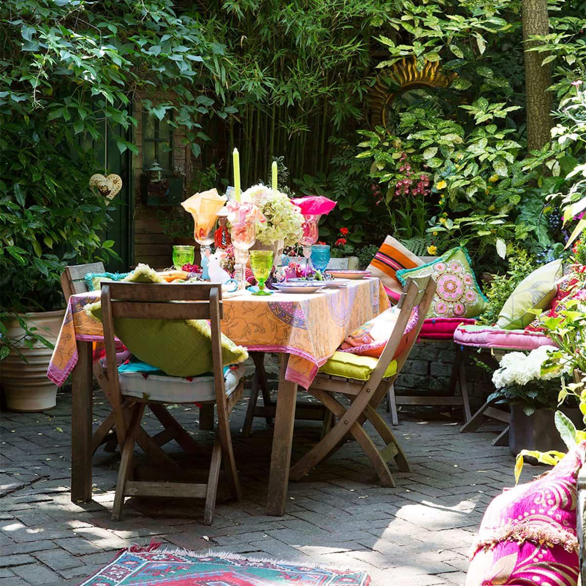 ideas para preparar un comedor de exterior en la terraza 10