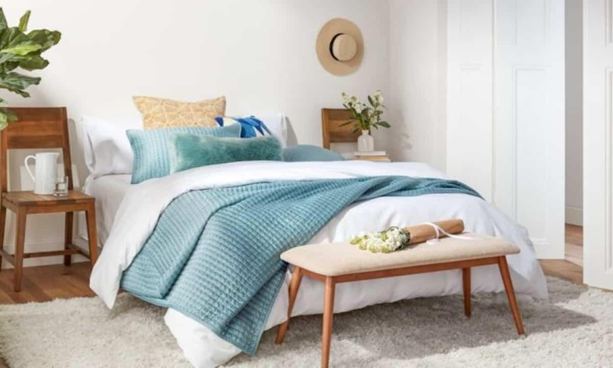 como conseguir un dormitorio mas fresco en verano 3