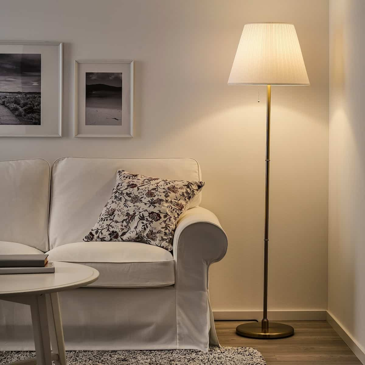 10 lamparas de pie de ikea para decorar tu hogar 9